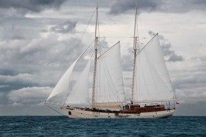 Charter+yacht+MUTIARA+LAUT